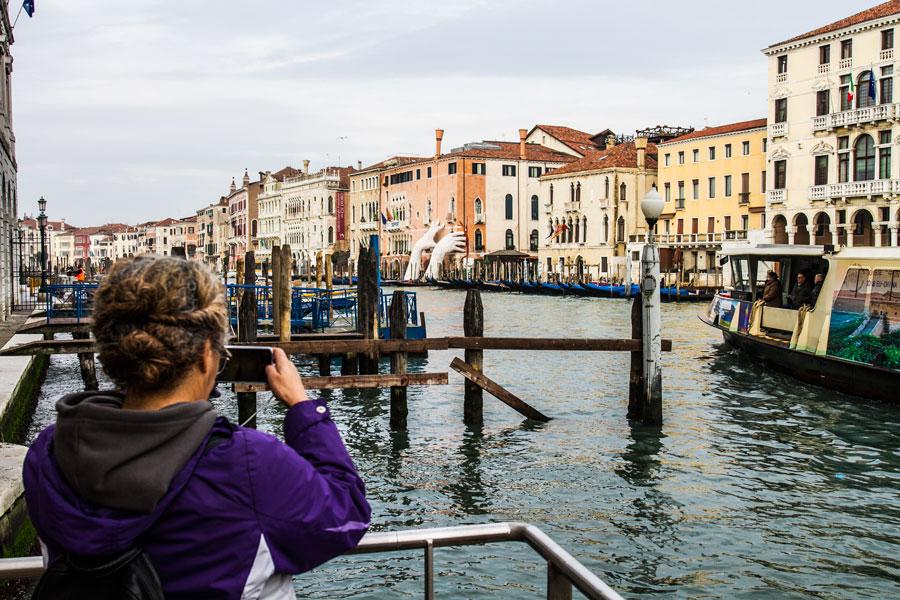 Des_Venice_Canal-1