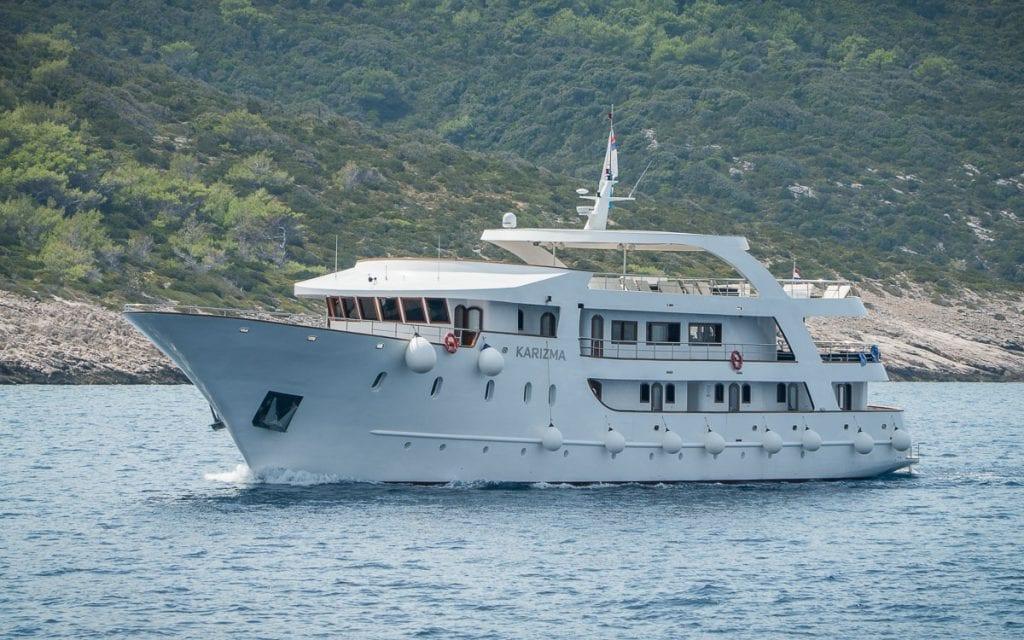 MS_Karizma_-_Cruise_Ship-11