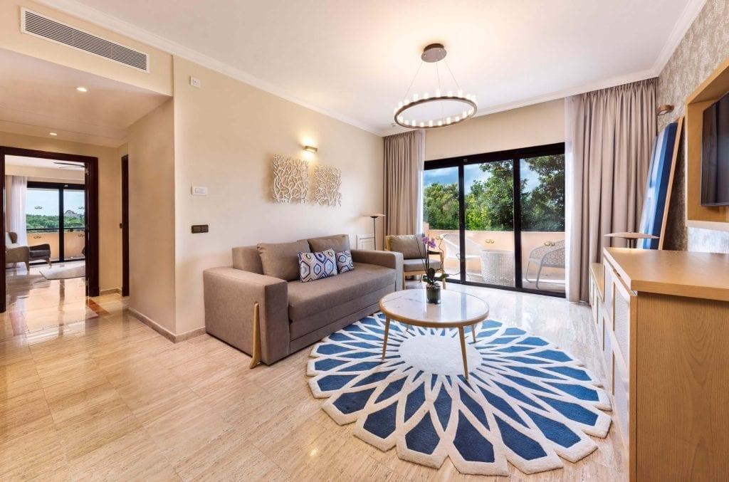 170117-CUN-Habitacion-Suite-White-Sand-vista2-AR
