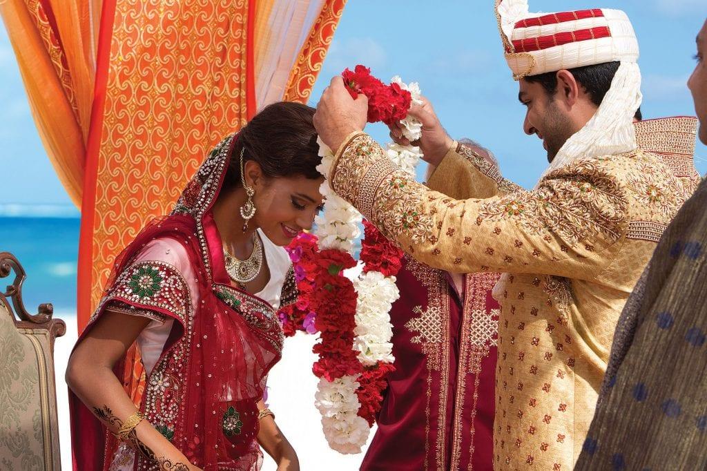 AMR_HinduWedding_Ceremony_Flowers1_2