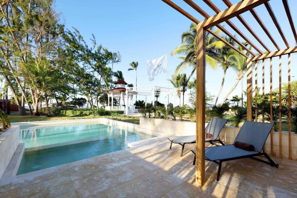 GRAND-PALLADIUM-PALACE-Premium-Junior-Suite-swim-up-MG-7846