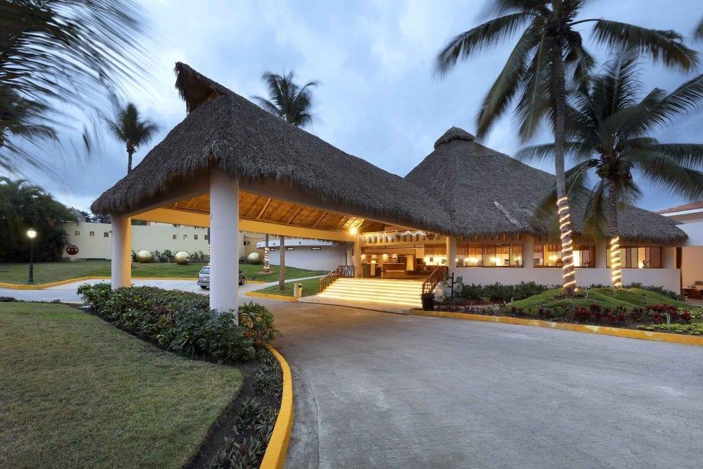 Grand-Palladium-Vallarta-Resort-Spa