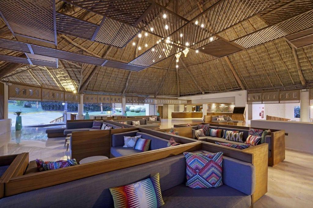 Grand-Palladium-Vallarta-Resort-Spa-LOBBY-12-IMG-9747