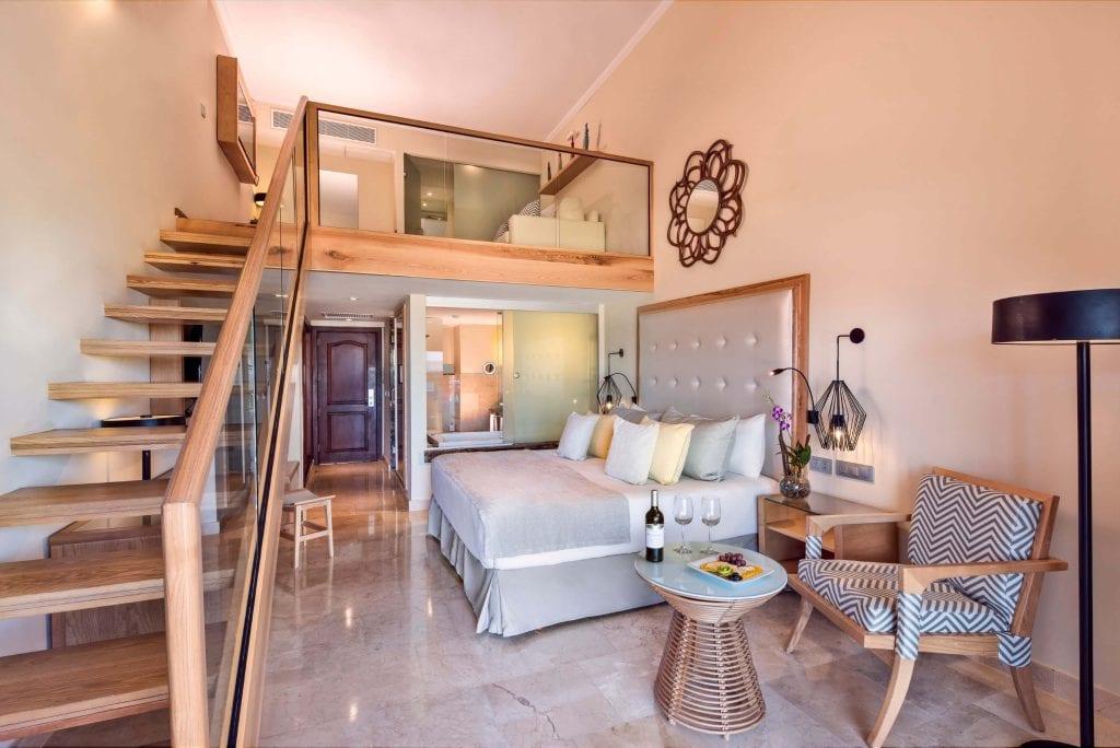 grand-palladium-palace-resort-spa-casino-loft-suites5