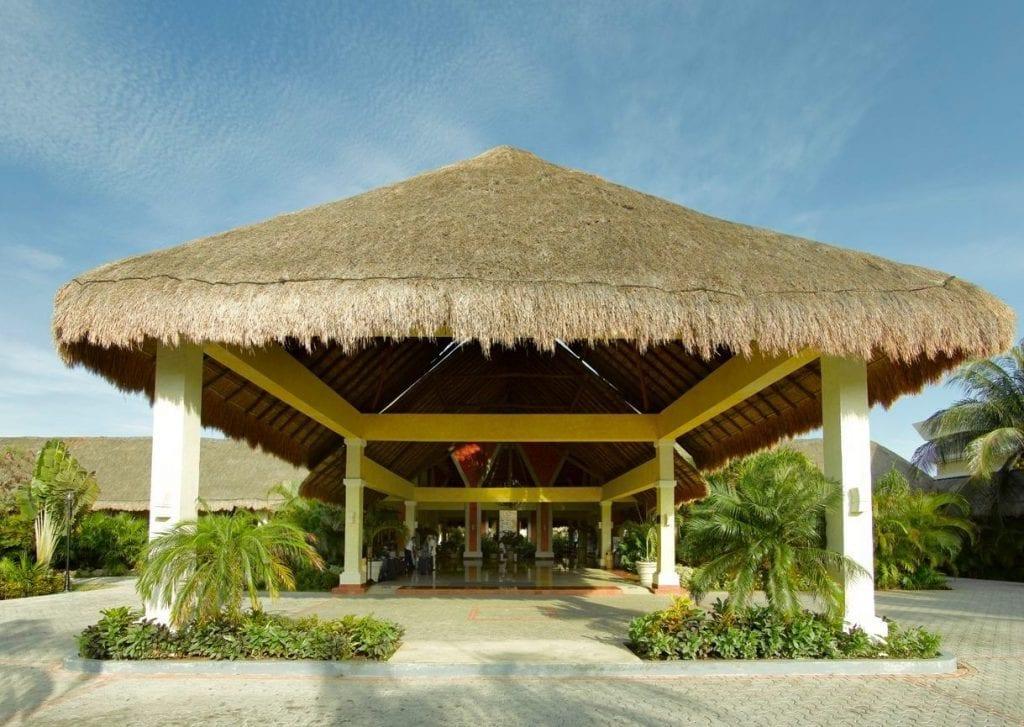Grand Palladium Kantenah Resort