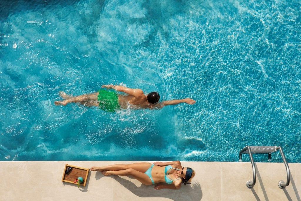 DREPM_Couple_Swimout_St_Cenital_1A