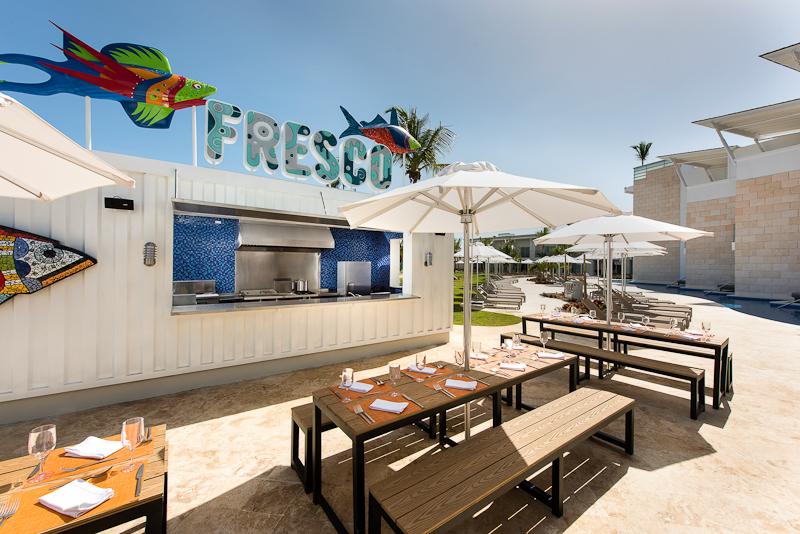 Nick-800px-PUJ-8-Fresco_Restaurant_NRPC