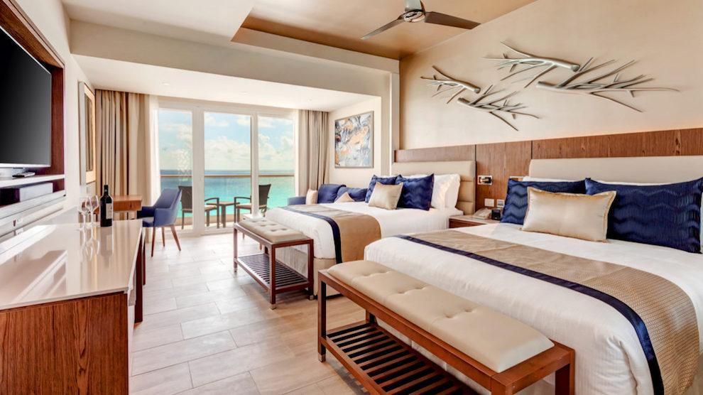 RSC_Luxury_Junior_Suite_Ocean_View_DC_Hi_Res_003-2