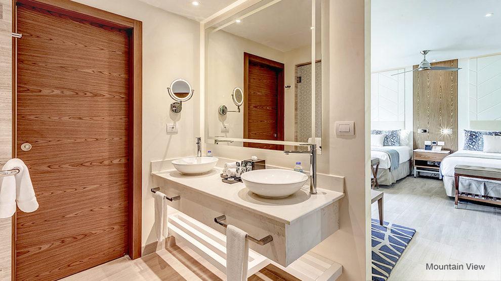 Royalton_Antigua_Luxury_Junior_Suite_MountainView2