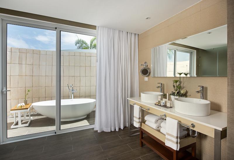Super Pool Villa_Bath room_NHPC-800px