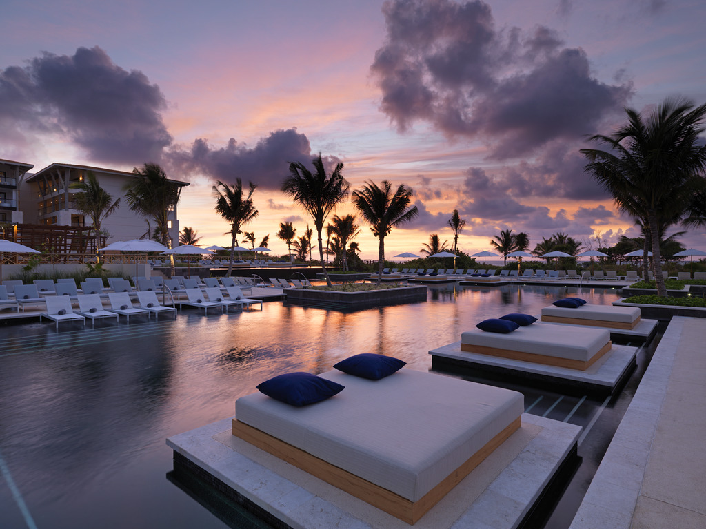 2087 Pool Sunset