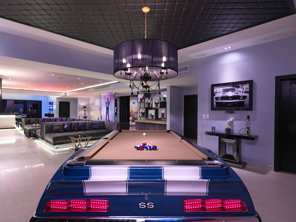 HRH Riviera Maya Rock Star Suite Pool Table