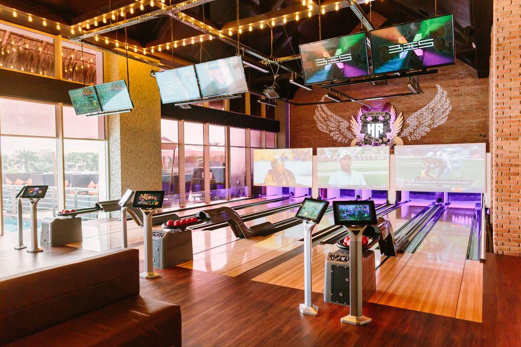 HRHC Punta Cana – Bowling Bar_4367