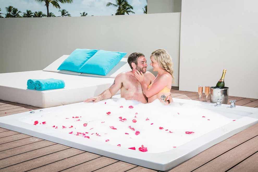 Mirage-Club-Sky-View-Suite-terrace-jacuzzi
