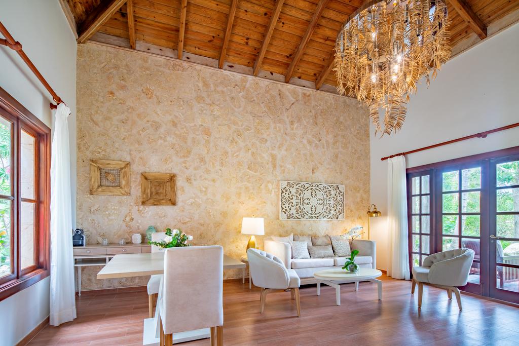 Sanctuary-Cap-Cana-Monarch-Villa-liv