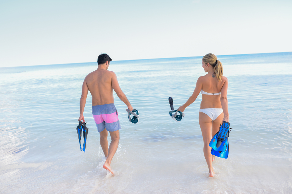 UNICO_beach_scuba