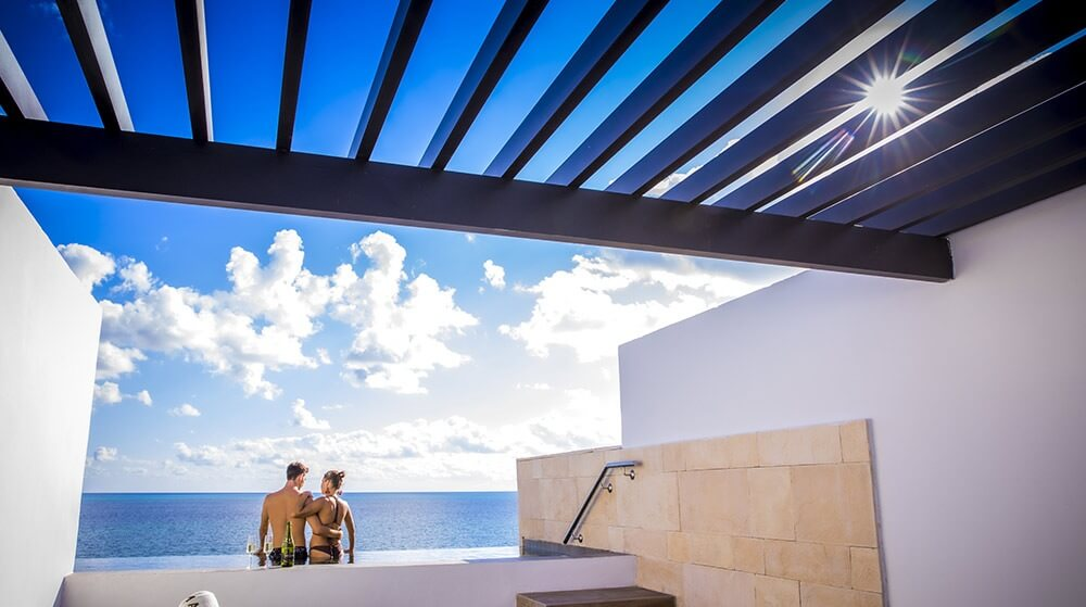 plunge pool view majestic