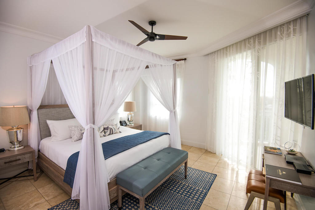 22-seven-stars-accommodations-junior-suite-garden-view-03-5c8aa69df01f9-optimized
