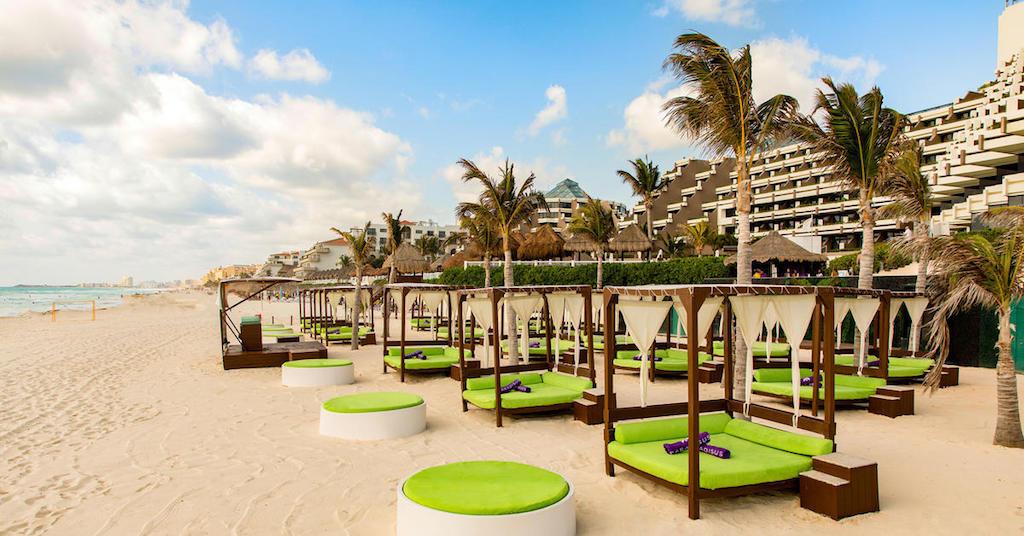330ParadisusCancun-Cocos Beach Club
