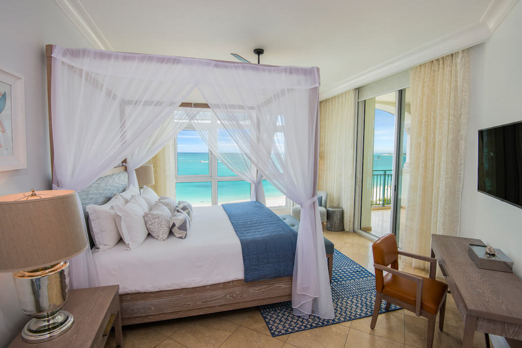 bb-seven-stars-accommodations-ocean-front-suite-bedroom-5c8aa8260cf6e-optimized