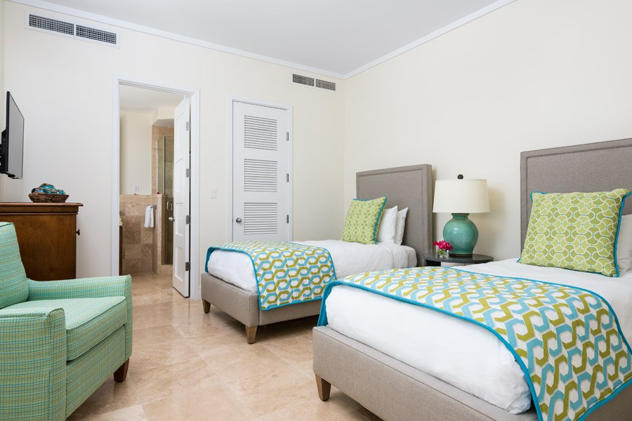 nn-premier_ocean_front_3_bedroom_suite_05