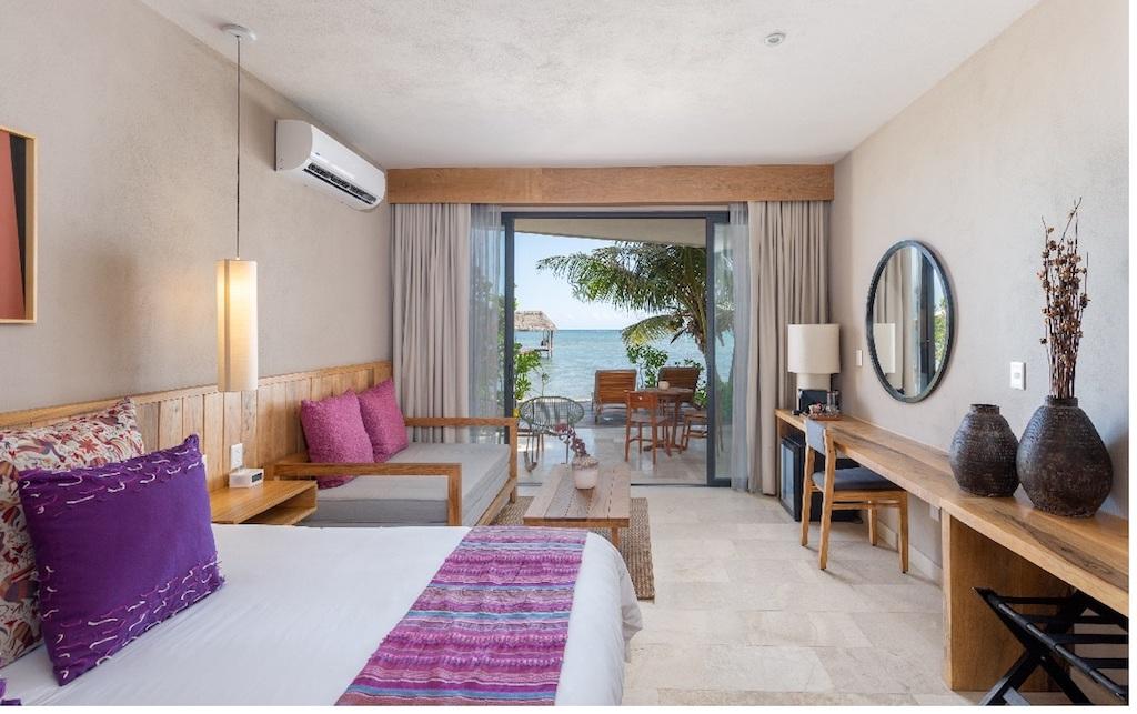 AA-ALEA-Master Suite Beach Access-06