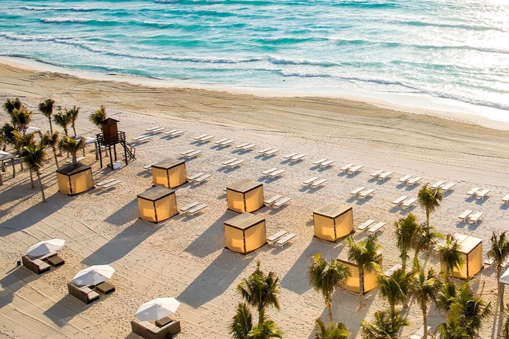 BB-beach-le-blanc-spa-resort-cancun-galleria-lbc-9abr-900×600