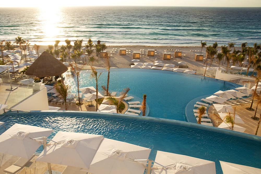 KK-pool-le-blanc-spa-resort-cancun