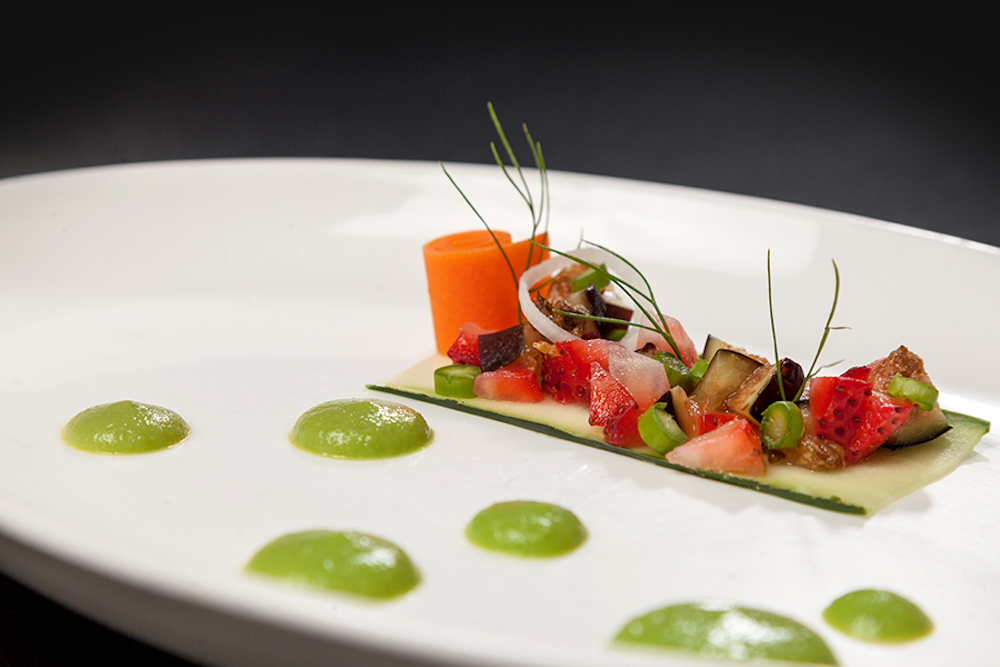 RR-food-lumiere-le-blanc-spa-resprt-gallery-dining-9abr-900x600_1