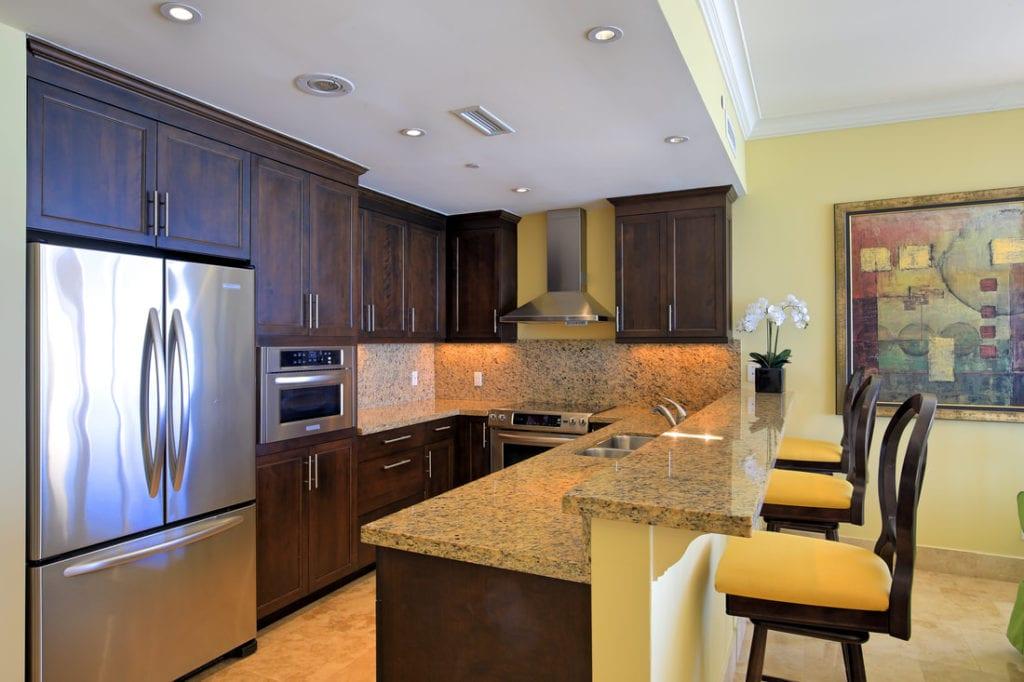 hh-windsong-tc-1 Bedroom Oceanfront-kitchen-3