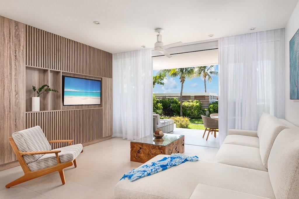 mm-new_1_bedroom_suite_living