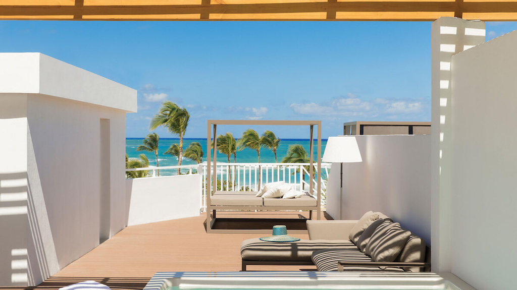 EX-club-front-punta-cana-suite-with-private-terrace-pool
