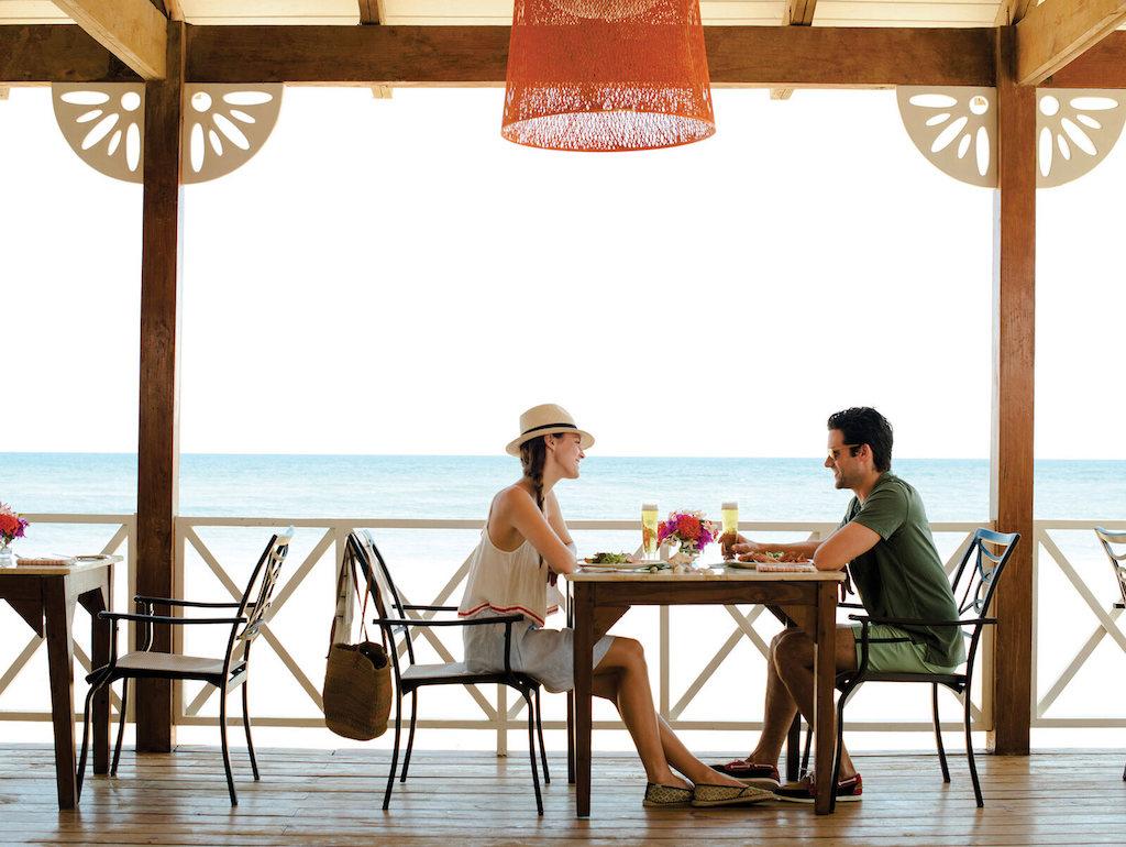 las-olas-beach-restaurants-punta-cana
