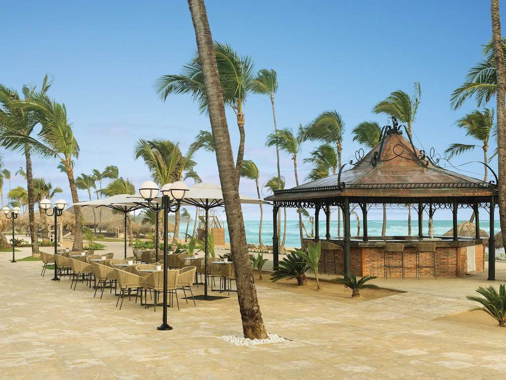 prelude-bar-at-excellence-punta-cana