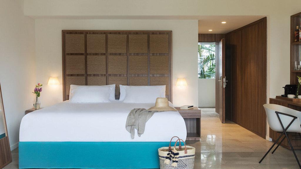 punta-cana-junior-suite-bed