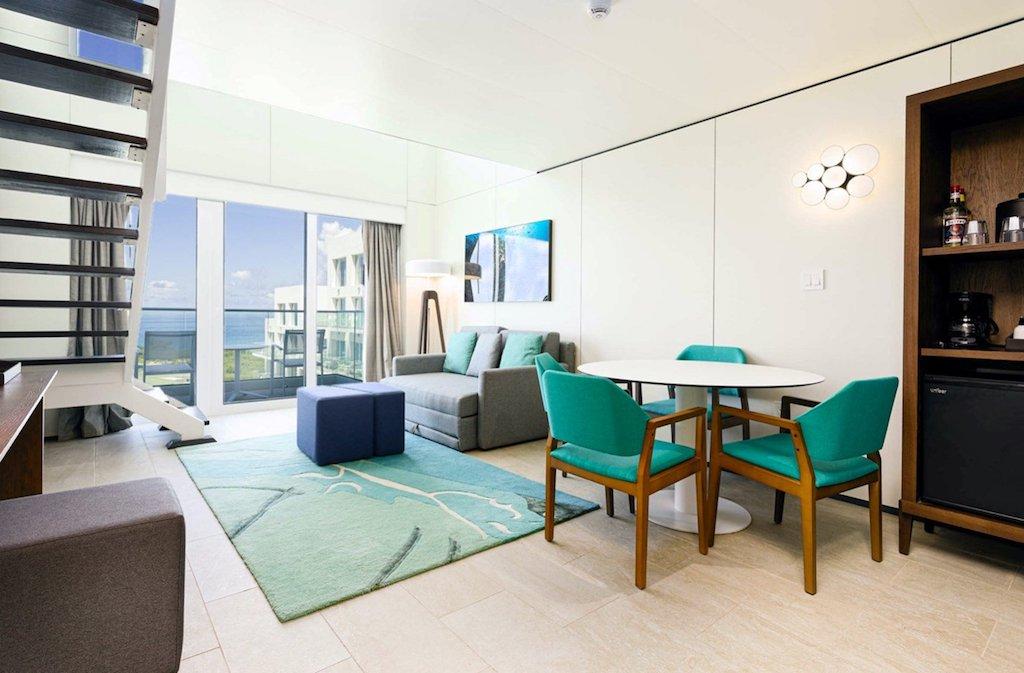 SONESTA-MAHO-loft_suite_living_area
