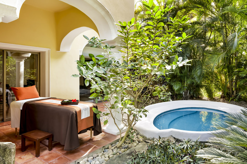 CASA-VELAS-WELLNESS-wellness-suite-terrace,large.1582830678