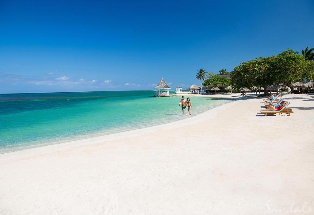 Cedez_Sandals-Royal-Caribbean-37