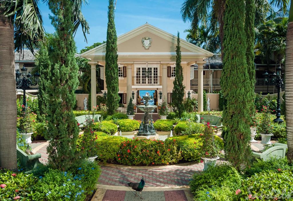 Cedez_Sandals-Royal_Plantation-Resort-22