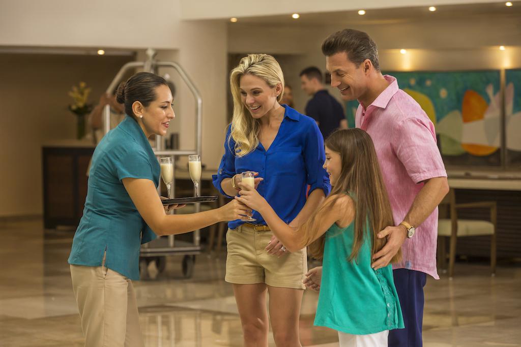 Playacar_Palace-Family at lobby 2