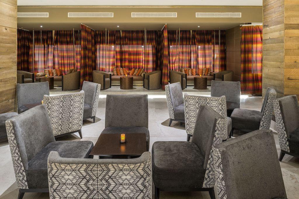 Playacar_Palace-Luna Lounge 2
