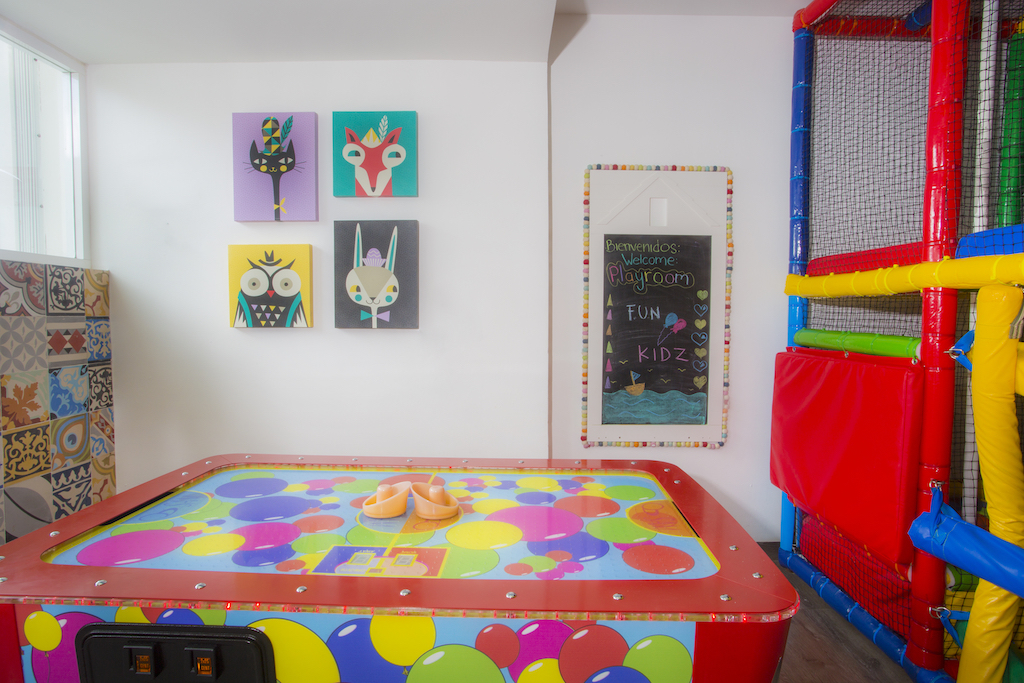 Playacar_Palace-Play Room 4