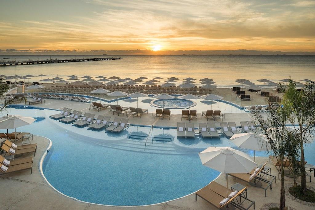 Playacar_Palace-Pool 4