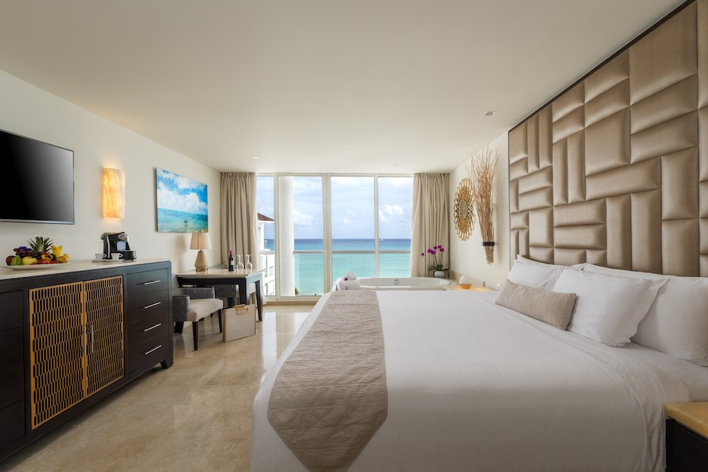 Two Bedroom Presidential Suite 3