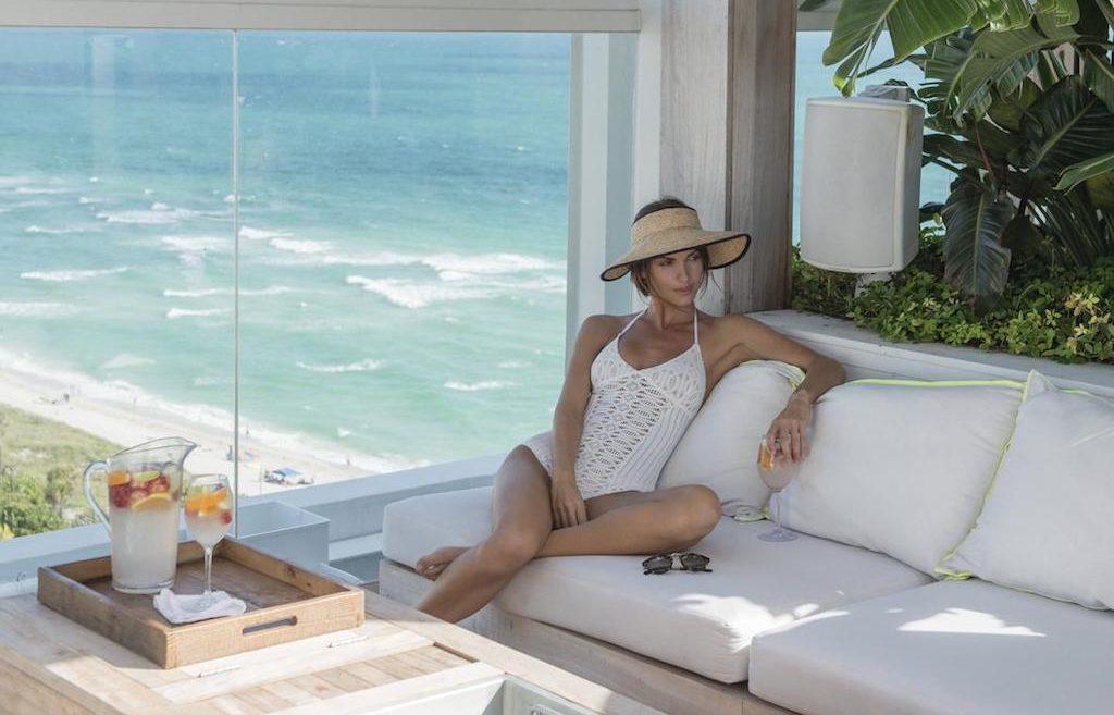 1sb-hotel-mia-hero-rooftop_cabana_2-south-beach