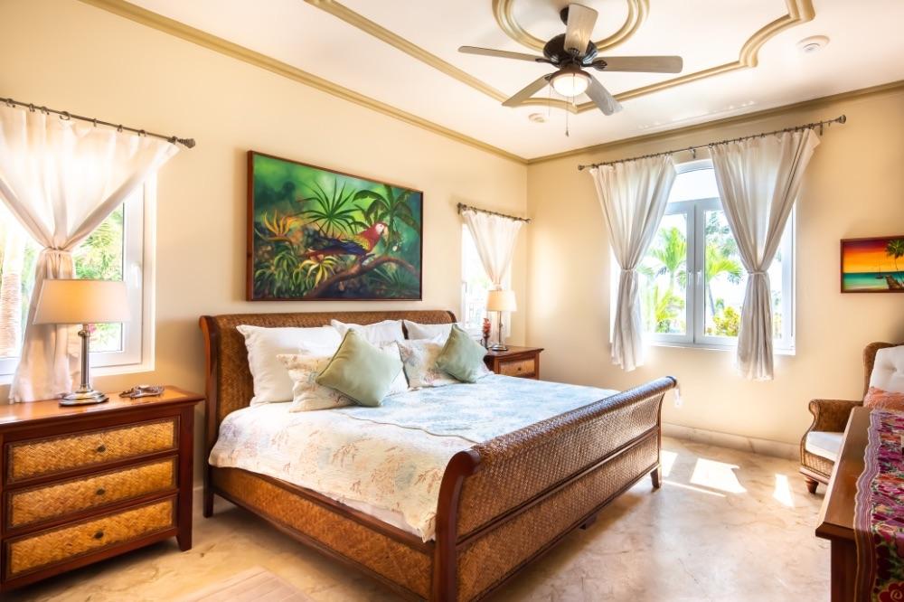 BCE-belize-Bedroom-interior-of-Villa-Paraiso