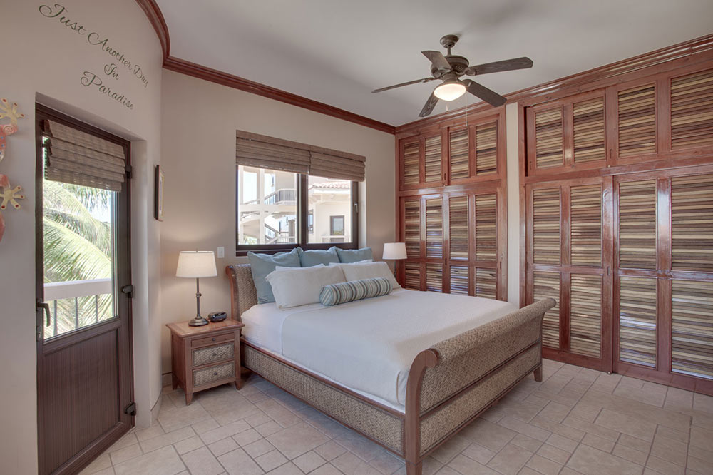Luxury-Seaview-Suite-Bedroom-at-Coco-Beach-Resort