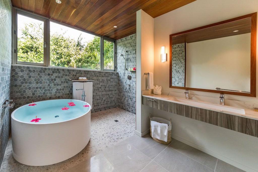 Naia_ 5BR_Belize-beach-house-1