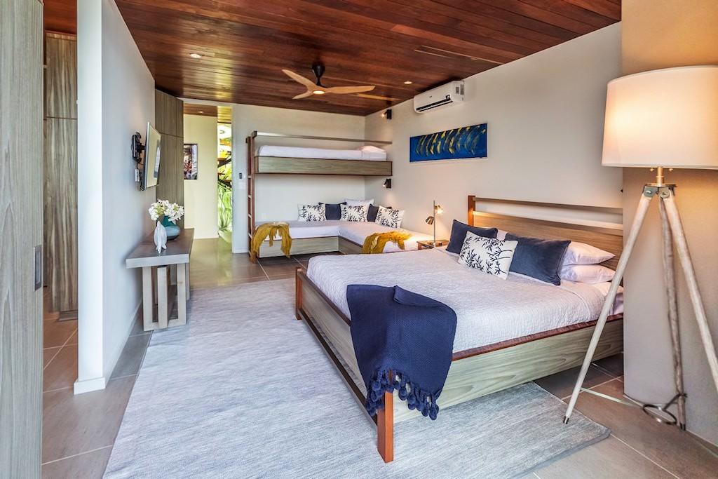 Naia_ 5BR_Belize-beach-house-3