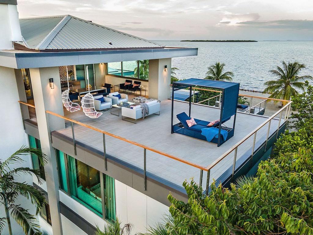 Naia_ 5BR_Belize-beach-house-9